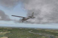 Cessna 172 - Limburg (The Netherlands) flying over the Maas